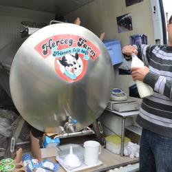 Marchand de lait ambulant (Hongrie)
